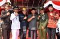 Gubernur Serahkan Tunggul Kecamatan Terbaik tingkat Sumut